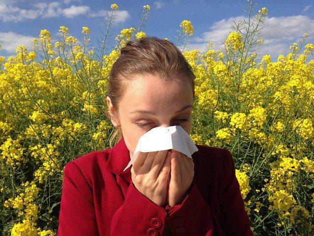 seasonal allergies can cause sinus pressure that triggers toothache